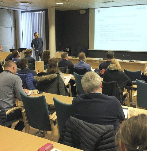 Lyttet: Rundt 30 aktører kom på møtet.Foto: Sør-Odal kommune