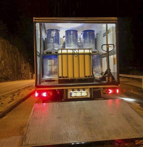 Brimnes: Lasta i konteinaren til eit av dei kontrollerte vogntoga. Foto: Statens Vegvesen