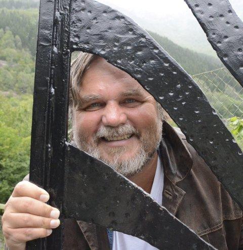 Forfattar: Lars Ove Seljestad frå Odda. Arkivfoto: Mette Bleken