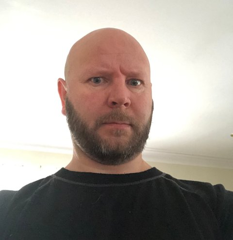 SJOKKERT: Sykepleier Rune Opheim (43) er ikke imponert over måten politiet utfører fartskontroll i koronatidene.