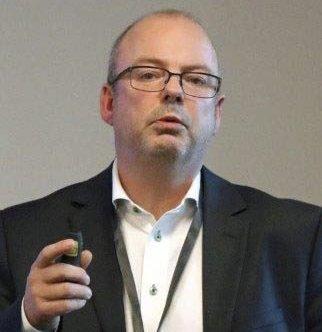 LEDER: Stig Winther og styret i Narvik Hockey møtes mandag.