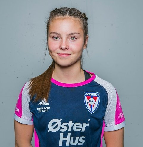 Ålgårdsjenta Nida Norland spiller håndball for samarbeidslaget Austrått/Bogafjell/Ålgård.