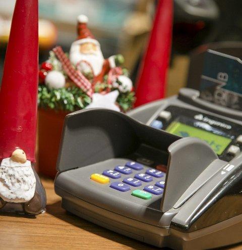 Rekord: Nordmenn har satt ny rekord i bruk av bankkort i julehandelen. Illustrasjonsfoto: Audun Braastad / NTB scanpix