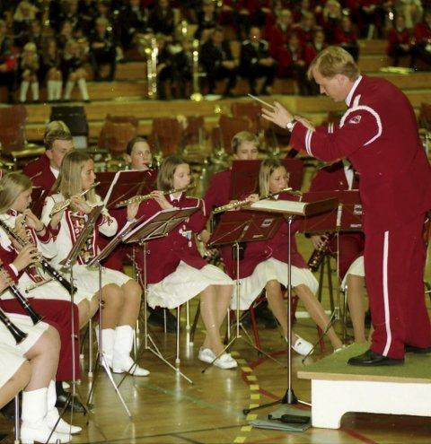 KORPS: Det året jeg overtok dirigentpinnen i SMSK (bildet), var det 85 medlemmer i hovedkorpset, skriver Egil Lysebo. Arkivfoto