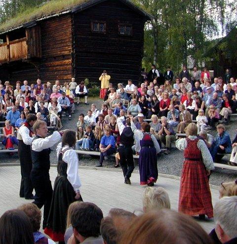Strunkeveko er no innlemma i Jørn Hilme-stemnet (som festival), og får 85.000 kroner i VNK-festivalstøtte for 2017.