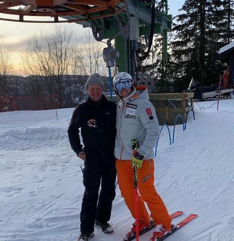 GIR SEG: Valdres Alpinsenter har stengt for sesongen, og Henrik i heisen (t.v.) har bestemt seg for at dette ble hans siste sesong.