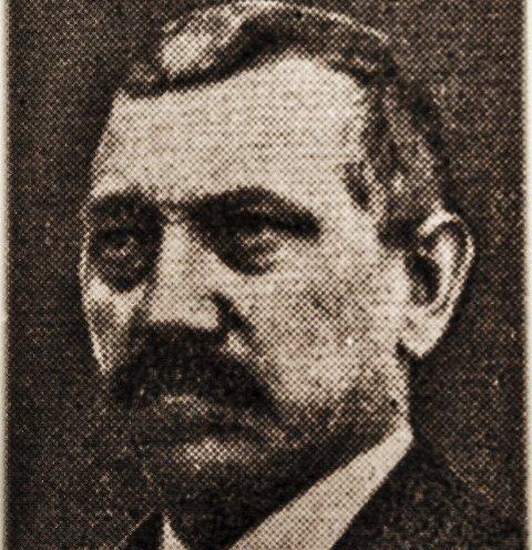 NS: Historien om Nicolay Aase er gjengitt i boka «Røtter» i Råde. Foto: Fra boken