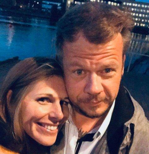 ARTISTER: Siri Nesse (43) og Helge Jensen (42) har sluppet tre låter sammen og fant hverandre gjennom musikken. Nå starter de forholdet med å bygge en bobil sammen.