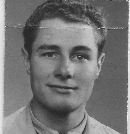 Den unge Louis Coenen ble holdt skjult av modige familier i Kristiansund og på Tustna, som risikerte livet for å hjelpe han.