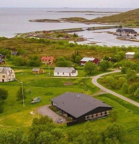 Ronny Rædergård selge eiendommen sin i Meløy.