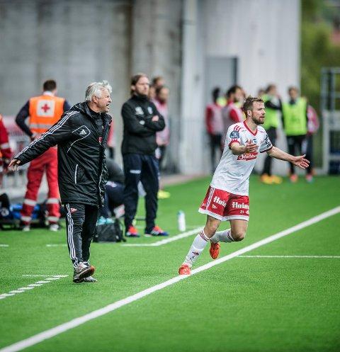 SAMMEN IGJEN: Arne Erlandsen ønsker seg Simen Rafn. Her fra en kamp på Fredrikstad Stadion høsten 2015. Foto: Geir A. Carlsson