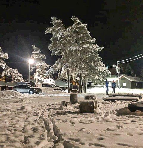 TRUET: De 15-åringer fra Halden ble truet med juling av en mann i 50-60-årene som antok de hadde gått i skisporet ved Høiåshytta.