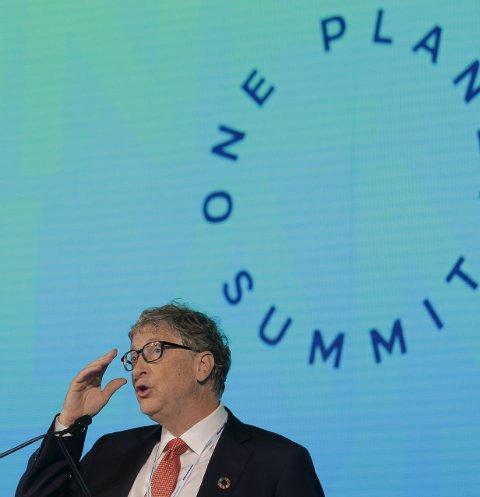 KJERNEKRAFT: Bill Gates har klokkertro på at innovasjon kan redusere bivirkningene ved kjernekraft, skriver Egil Severeide. Bildet viser Bill Gates under konferansen One Planet Summit i New York i september i fjor. Foto: NTB SCANPIX