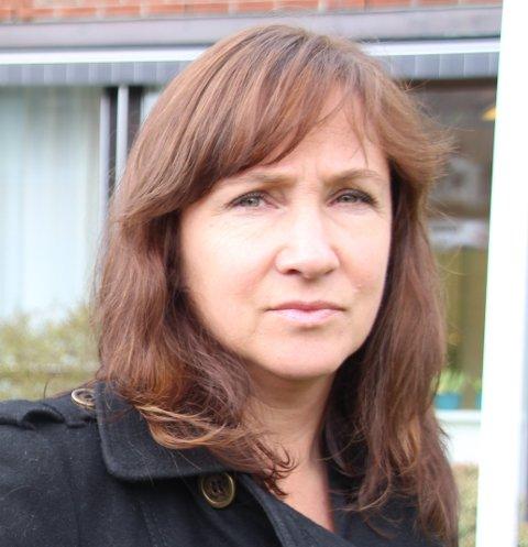 Irene Heng Lauvsnes forsvarer det ekstraordinære kommunestyremøtet.