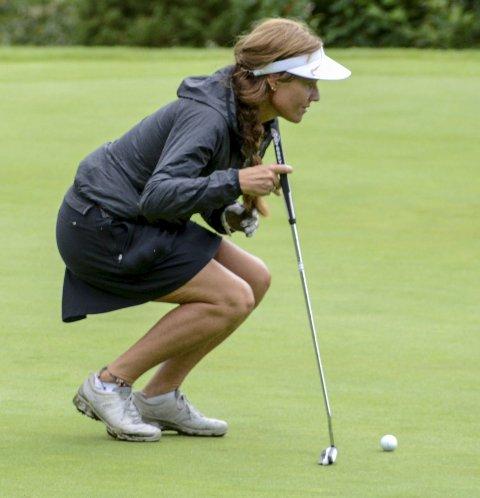 MEDALJE: En konsentrert Hanne Moen, Kragerø golfklubb, tok bronse i Kragerø Ladies Open.