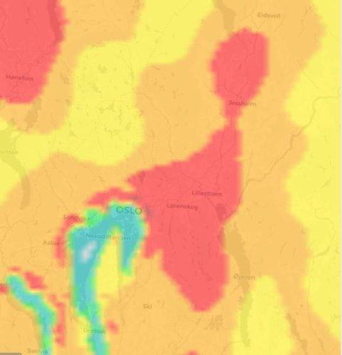 SKOGBRANNFARE: Slik vurderer meteorologisk institutt skogbrannfaren på Romerike lørdag. Røde områder indikerer stor fare for brann.