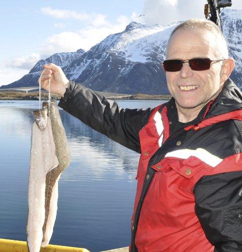 FORNØYD: Kristian Gjertsen kan smile etter nok ett godt år for Bjørn Gjertsen AS Foto: Kai Nikolaisen