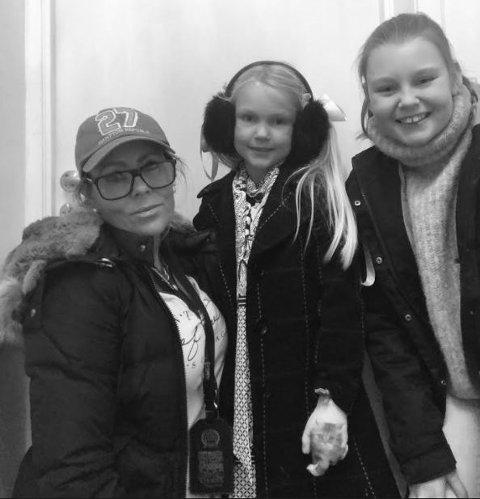 SKREMT: Milén (7) ble skremt av en filmtrailer da hun var på kino med mor Cecilie og storesøster Celina.