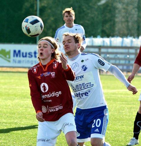 I aksjon: Andreas Rosendal Nyhagen i kamp mot Redalen, tidligere i vår.