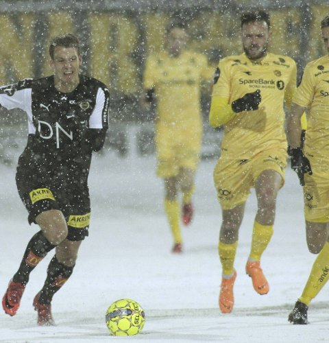 Scoret i debuten: Thomas Lehne Olsen fikk en god debut for Lillestrøm i den forstand at scoret, men det ble tap i serieåpningen mot Bodø/Glimt. Foto: NTB scanpix