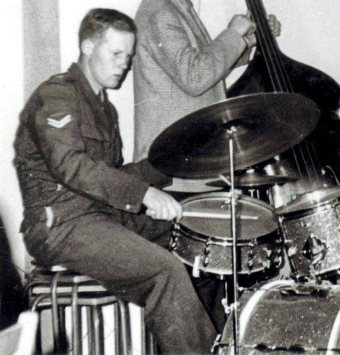 KOMMER TILBAKE: Trommeslager Tor Holm spilte sammen med Kongsbergs Kjell Gunnar Hoff på 1960-tallet. Lørdag spiller de sammen igjen.