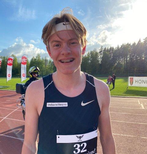 FLOTT START: Ole Jakob Høsteland Solbu fra Ås imponerte med ny pers da friidretten i Norge hadde åpningsstevne i Tønsberg lørdag