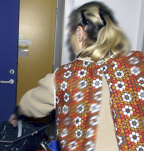 FIKTIVE REGNSKAPSTALL: En mann i 60-årene fra glåmdalsdistriktet er dømt til 90 dagers ubetinget fengsel etter å ha unnlatt å oppgi 1,1 million kroner i inntekter i løpet av tre år. Sammen med kona leverte han renholdstjenester gjennom et enkeltmannsforetak til en Kongsvinger-bedrift. ILLUSTRASJONSFOTO: SCANPIX