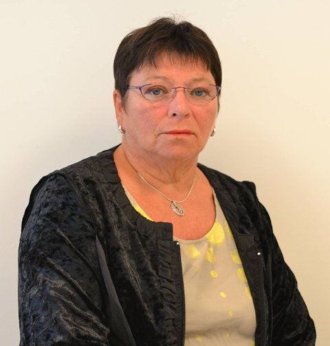 Eva-Karin Busch representerer Vestvågøy Arbeiderparti i kommunestyret.