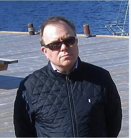 Areal og byggesakssjef Charles Hansen har sagt opp for å begynne i en tilsvarende stilling i Vestby kommune.