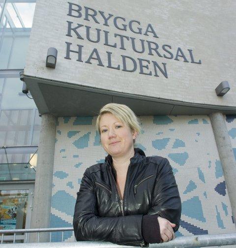AVLYSER: Monia Berger Lund må avlyse to teaterforestillinger i desember. Arkivfoto.