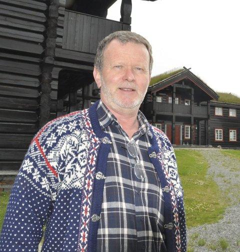 INVESTOR: Steinar Munkhaugen har lagt ned en stor egeninnsats og brukt et ukjent antall millioner kroner på å bygge opp gården Orkelbogen som han kjøpte falleferdig på 1990-tallet.