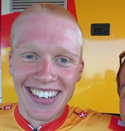 UHELDIG: Ringerike Sykkelkubbs OL-debutant Andreas Leknessund fikk trøbbel med sykkelen etter å ha kjørt godt så lenge alt fungerte i den tøffe rundbaneløypa.