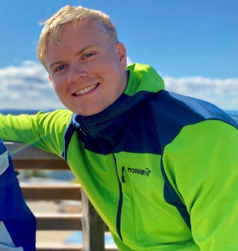 FLYTTER HEIM: Erik Juvkam har fått jobb hos Valdres Energi Nett. Til sommeren flytter han heim.