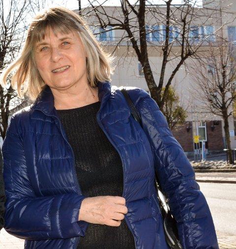 AVVENTENDE:  Sølvi Nygaard Kvam, tillitsvalgt i Utdanningsforbundet, får tilbakemeldinger fra lærerne som mener HOPP-prosjektet stjeler for mye undervisningstid.