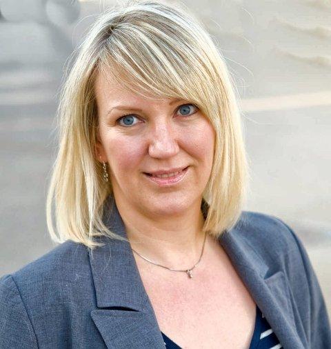 DER GÅR GRENSEN: Ett sted må grensen gå, og jeg synes den går akkurat der, mellom frisørtime og botox, sier Raufoss-bloggeren Marte Frimand-Anda.