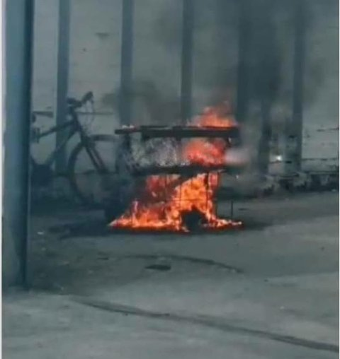BRANN: Her ser vi utstyret på politistasjonen som brant.