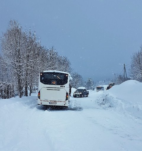 SNØTRØBBEL: Dette snøfallet i april 2019 skapte kaos i trafikken i Tromsø. Det skapte også problemer for et narkotikaparti som var nedgravd i snøen.