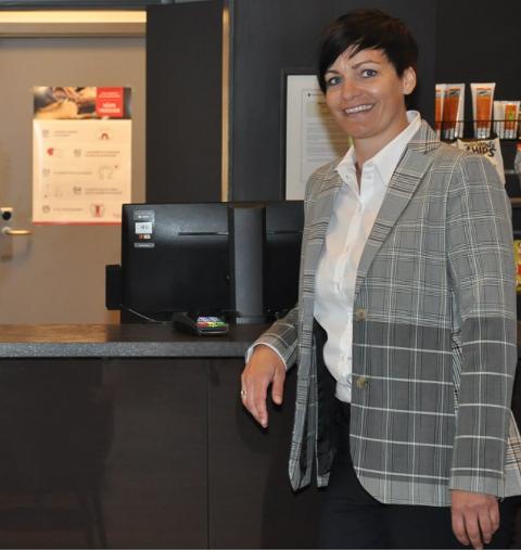 Camilla Lun Andersen er spent på de konkrete tiltakene i hotellpakken.