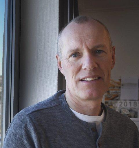 Kommunen og Låter vasslag har hatt et møte om slokkevann-utfordringa på Kjerringøy, sier kommunaldirektør Knut Hernes.