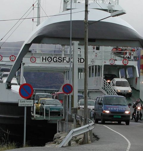 Høgsfjord Rutelag tror konsesjon vil bli gitt og ser for seg at sambandet vil bli betjent av ei ferje som den gamle «Høgsfjord». (Arkivfoto)