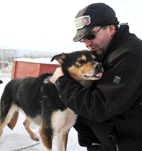 SØKER: Stein Tage Domaas har tidligere deltatt i Finnmarksløpet. Nå har han søkt på viserektorstillingen ved UiT Campus Alta. Foto: Anniken Renslo Sandvik