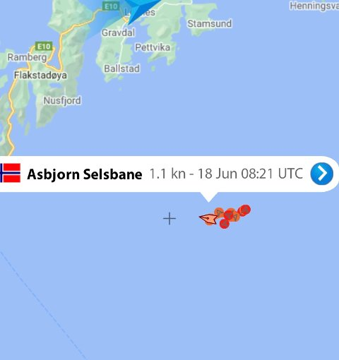 """VESTFJORDEN: Her lå """"Asbjørn Selsbane"""" fredag formiddag."""