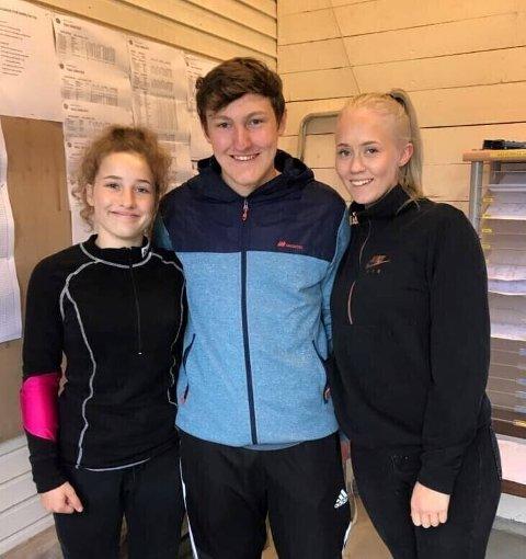 VISTE STYRKE: Kaja Helene Remmen (t.v.), Tobias Huskebakk og Nora Johansen markmerte seg i helgas lokale skytestevner.