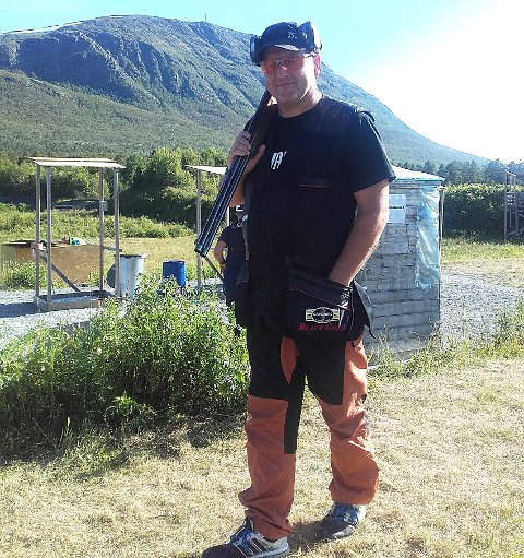 NÆR EN KNALLSENSASJON:Rolf Kjetil Roulund lå an til maksimal poengscore i sin figurjakt-NM-debut helt til det siste skuddet.