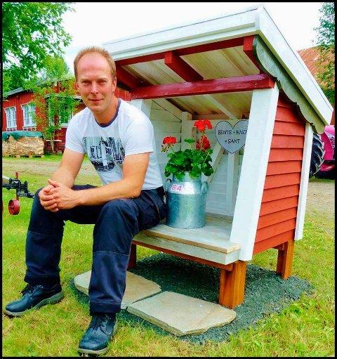 PÅ TOPP: Knut Sommerro troner på inntektstoppen i Surnadal etter å ha solgt eiendommen Sommerro til Nordmøre Folkehøgskule.
