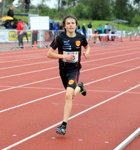 I FORM : Esten Hansen-Møllerud Hauen kapret både gull og bronsemedalje i Ungdomsmesterskapet i friidrett.