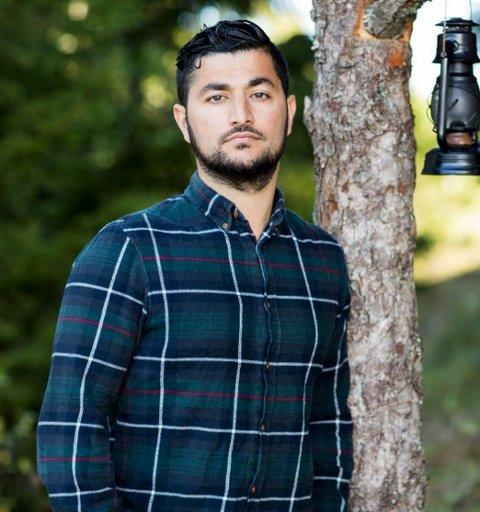 Hatet: Mange har vist sitt hat mot Ski-mannen Buran Qaderi. Selv tar han det hele med ro. Han har valgt å ikke svare på noen av meldingene.foto: TV2