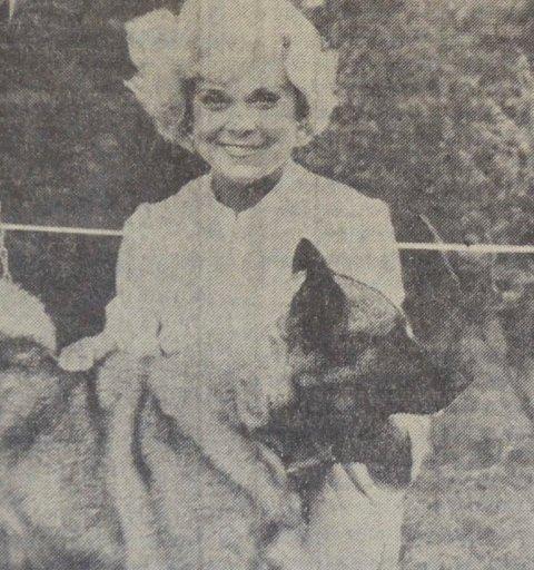 PÅ JAKT- OG FISKEDAGENE: Sonja Henie på Jakt- og fiskedagene i Elverum i 1969. (Foto: Kjell Søgård)