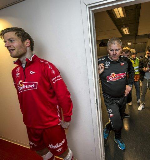 FÅR NY TRENER: Ulrik Flo (til venstre) må konstatere at samarbeidet med  Mons Ivar Mjelde nå opophører. Foto: Geir A. Carlsson