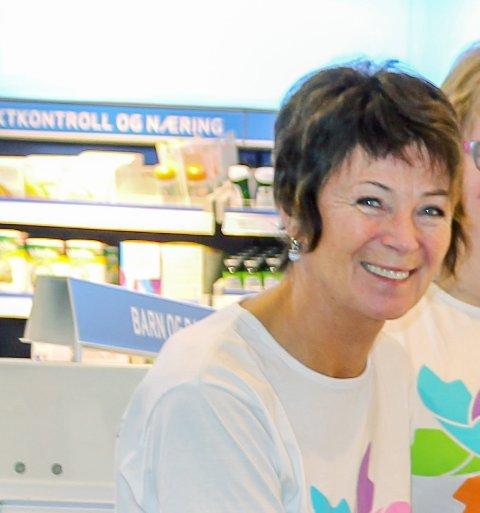 Gleder seg: Hildegunn Erlandsen er en av de frivillige som gleder seg til temakafeen starter opp igjen.